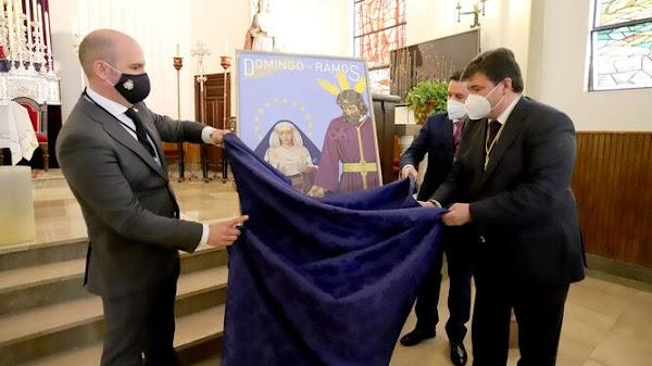 Los titulares de Los Mutilados protegen a Huelva en su cartel de Domingo de Ramos