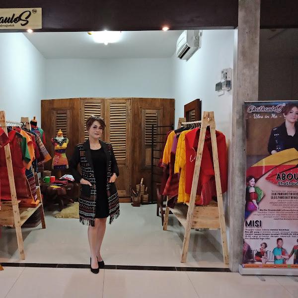 Soft Opening Chatha Ulos di Surabaya, Ulos dalam Semangat Modern