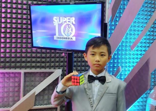 elliott yahya sugondo di acara super 10 indonesia rtv