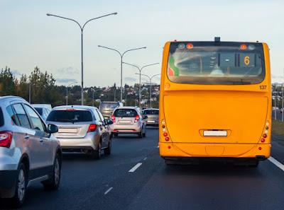 autobús urbano en Reikiavik