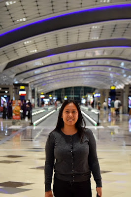 Girl Travel at HongKong International Airport