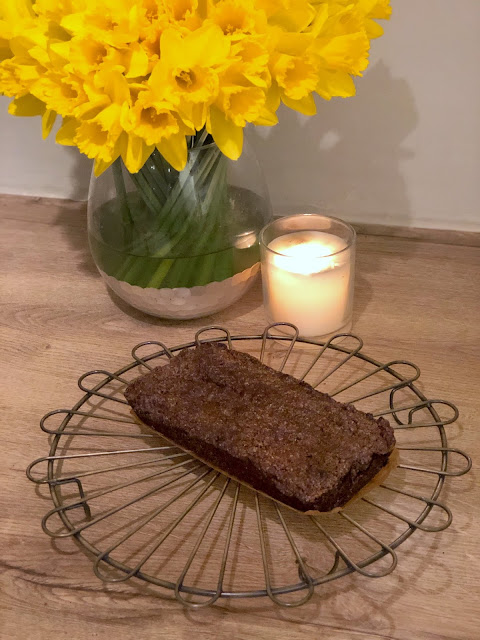 Recipe for chocolate crunch cake and chocolate custard, school dinner favourite from my childhood. Easy dessert recipe you can make in a few minutes. Perfect treat for children and all the family.