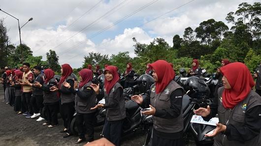 Pendamping PKH Kota Padang Terima Kendaraan Operasional
