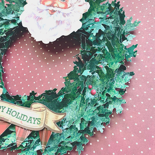 Christmas_Treasures_Wreath_Angela_Dec18_04