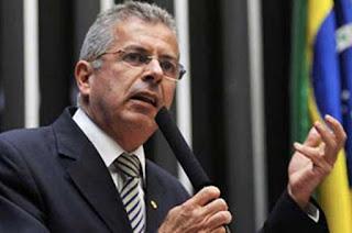 http://vnoticia.com.br/noticia/3205-deputado-paulo-feijo-pr-rj-submetido-a-cirurgia-apos-passar-mal