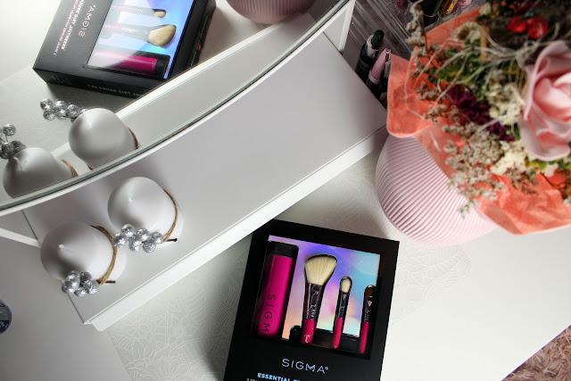 sigma-essential-trio-brush-set-notino_hr