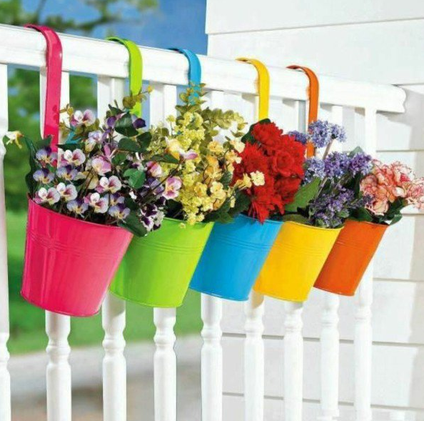 BALCONY PLANTERS THAT YOU WOULD LOVE TO HAVE