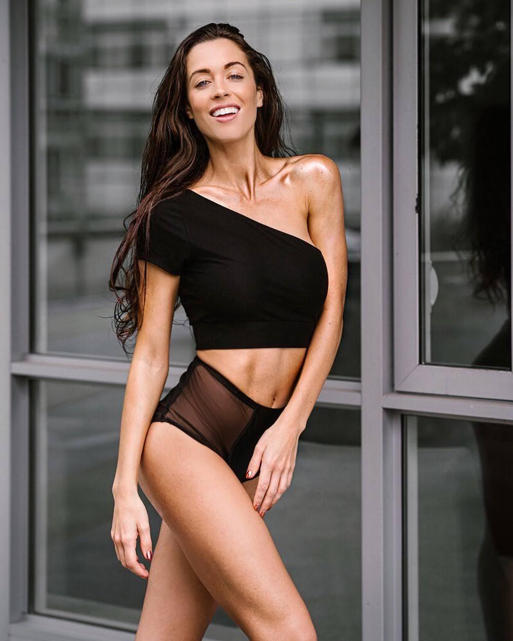 Daniela Dib 9