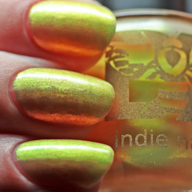 Bees's Knees Lacquer Light It Up