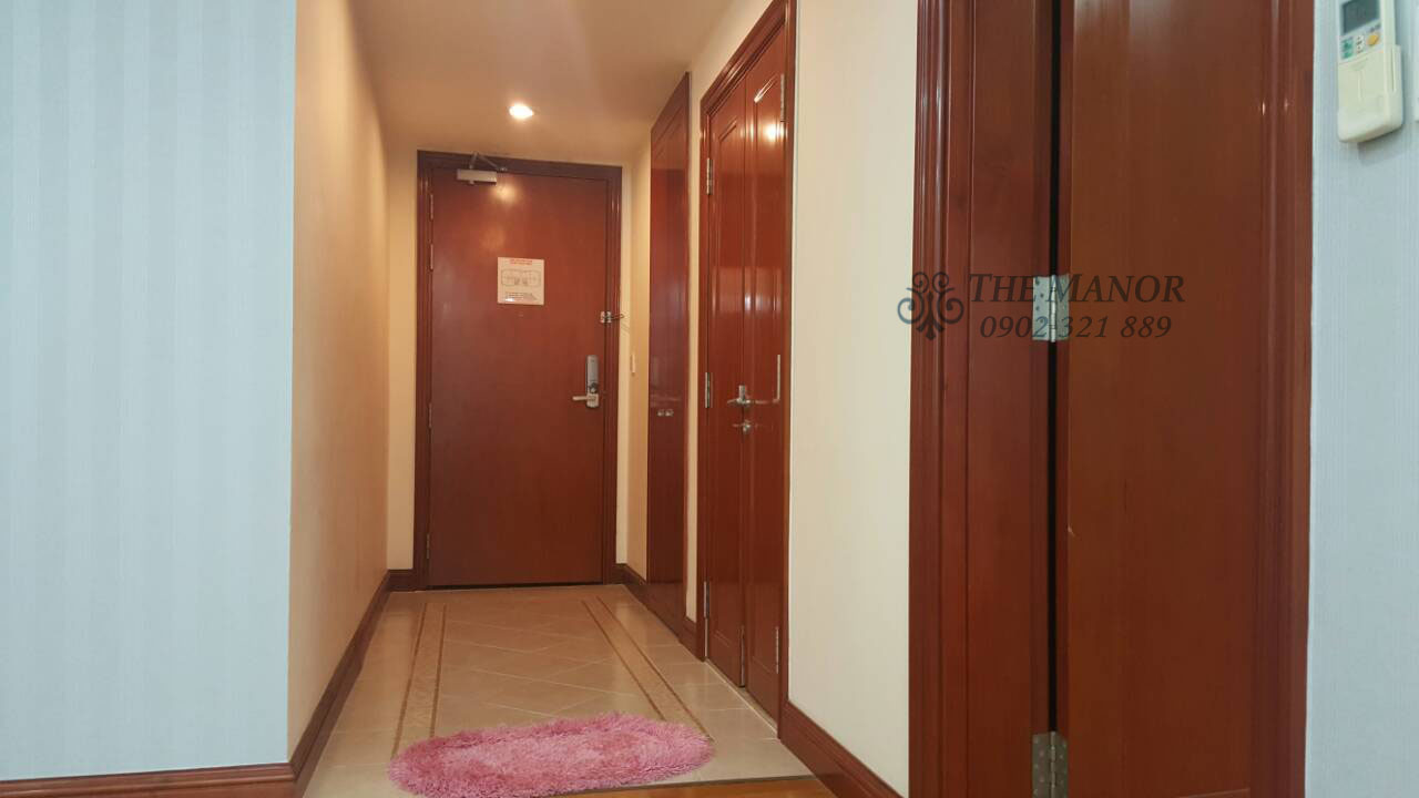 bán gấp hoặc cho thuê căn hộ The Manor 136m2 - lối vào các phòng