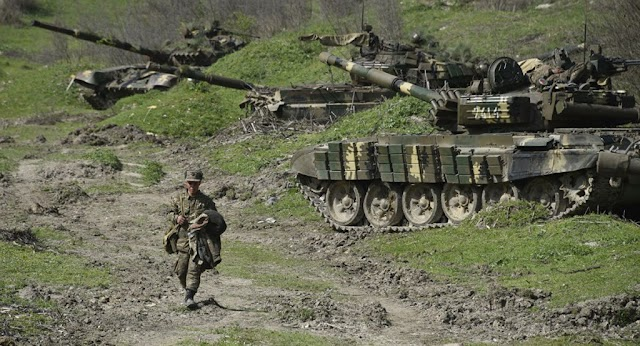 Összecsapások a Kaukázusban: teljes katonai mozgósítást rendelt el Örményország