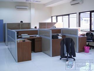 Meja Sekat Kerja + Furniture Semarang