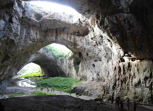 Bulgária - Devetashka cave