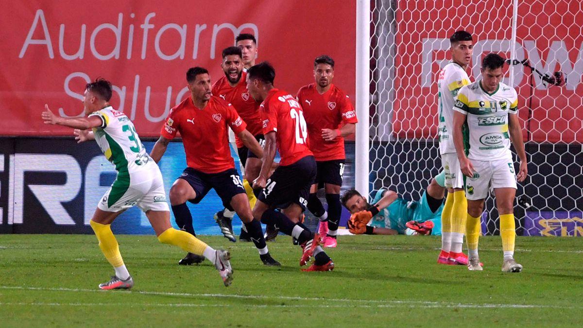 Independiente aprovechó el cansancio de Defensa y Justicia para volver a ganar