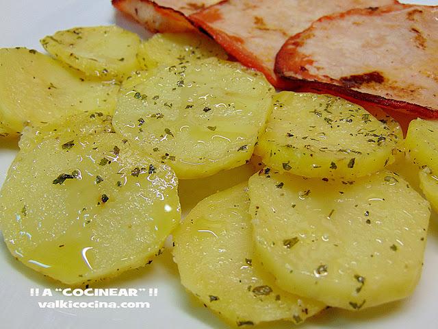 Guarnición de patatas al microondas