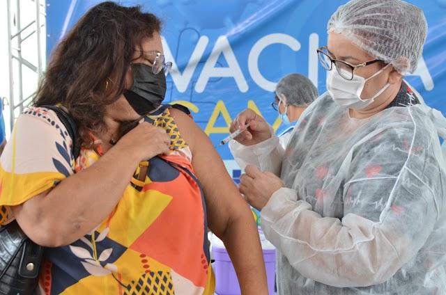 Pessoas a partir dos 58 anos e sem comorbidades começam a ser vacinadas em CG nesta sexta