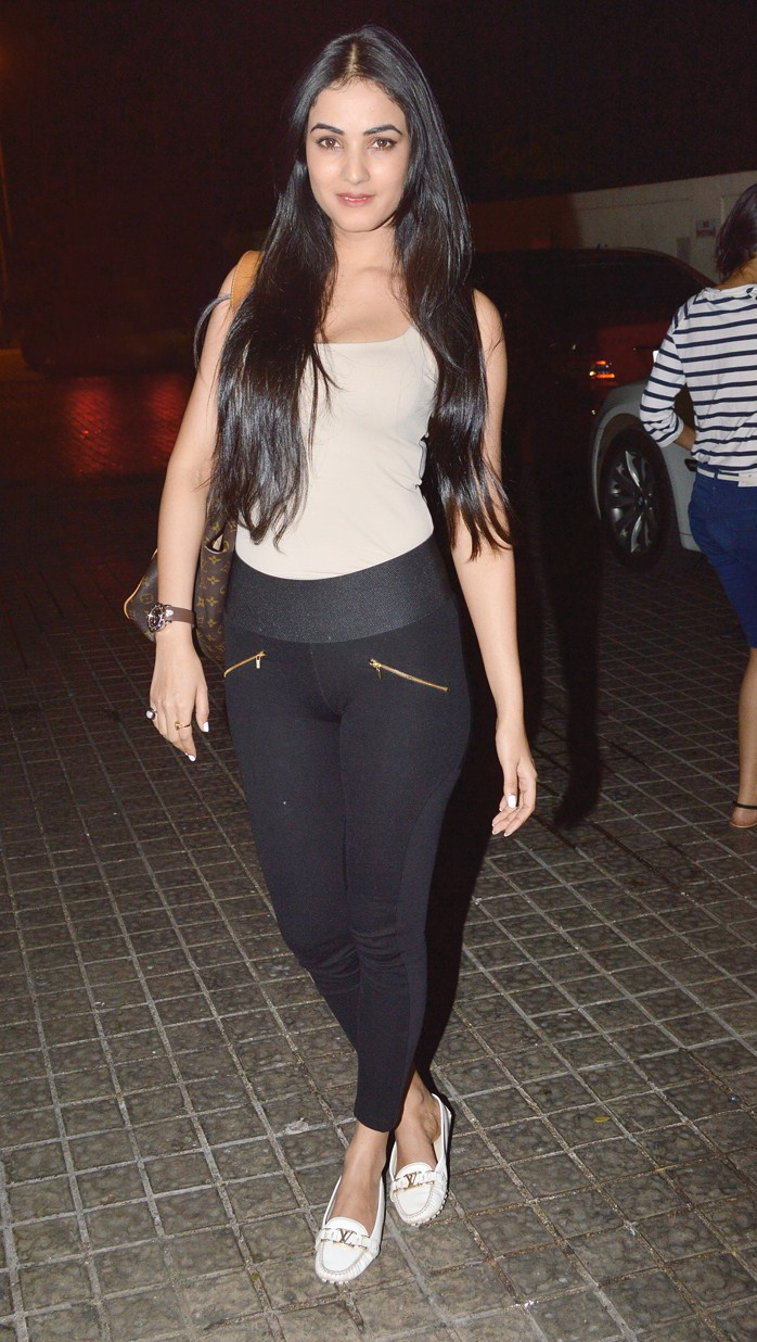 Most shocking Bollywood Wardrobe Malfunctions Ever Seen  Life With Styles