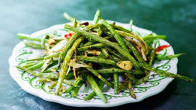 green beans plate