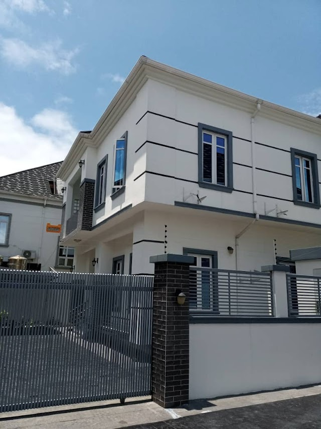 Still selling: 5BEDROOM LUXURY FAMILY DETACHED DUPLEX WITH SWIMMING POOL