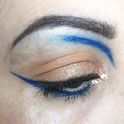 swatch-makeup-sample-beauty