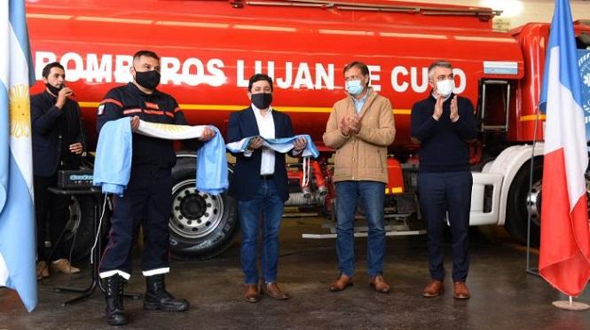 El Gobernador participó del acto por el Día Nacional del Bombero Voluntario en Luján de Cuyo