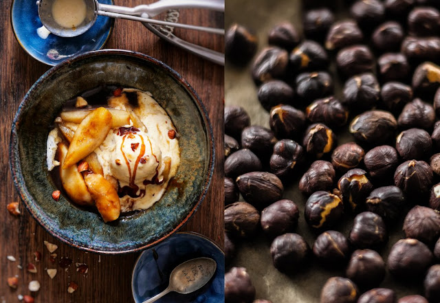 Haselnusseiscreme mit karamellisierten Birnen und Karamellsauce