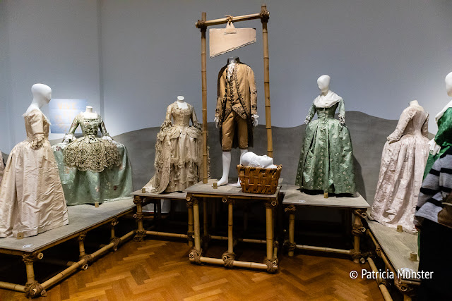 18th century dresses in Gemeentemuseum Den Haag