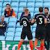 Chelsea vence de virada o Aston Villa em seu primeiro jogo na volta do Inglês