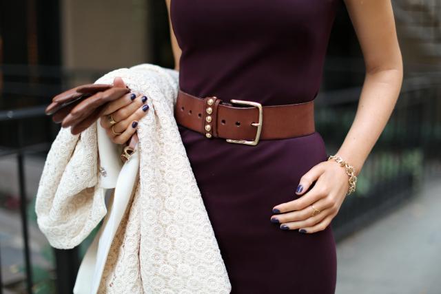 brown glove suit