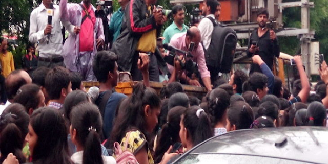 MP NAGAR में हजारों छात्र सड़क पर उतरे, विरोध प्रदर्शन किया | BHOPAL NEWS