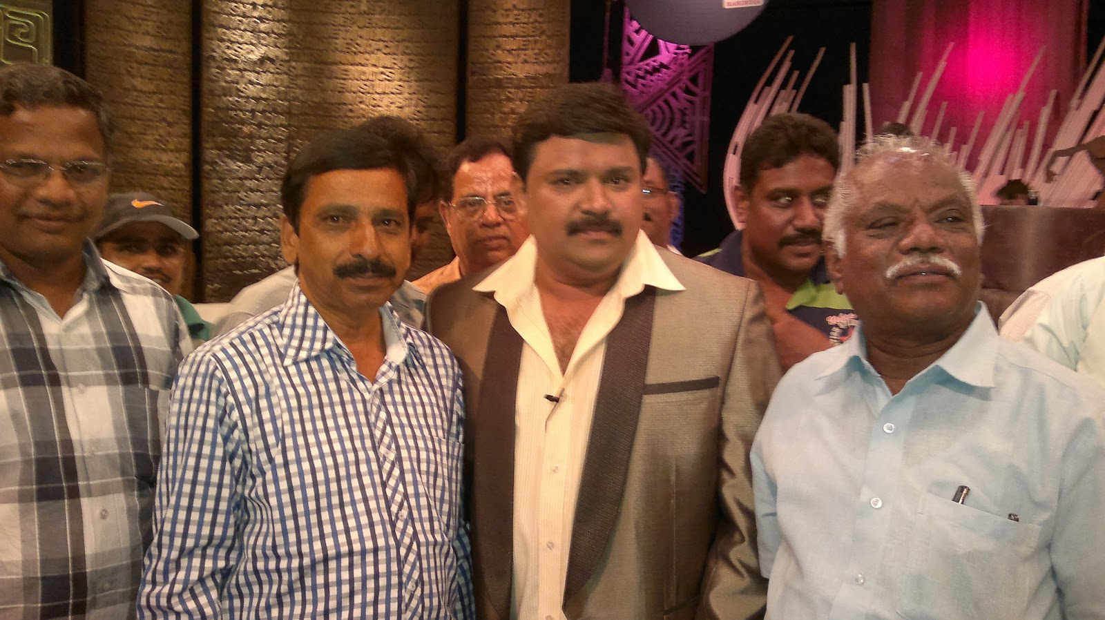 Neeya naana latest episode march 2013 - Theatre of tragedy