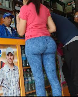 Latinas hermosas leggins entallados