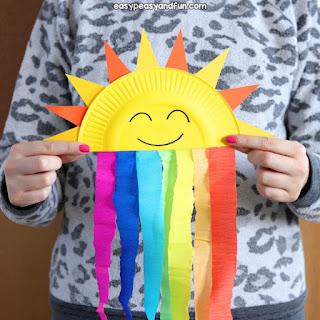 Arcobaleno e sole con piattino di carta di easypeasyandfun