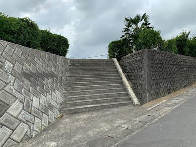 喜楽里別邸へ続く階段