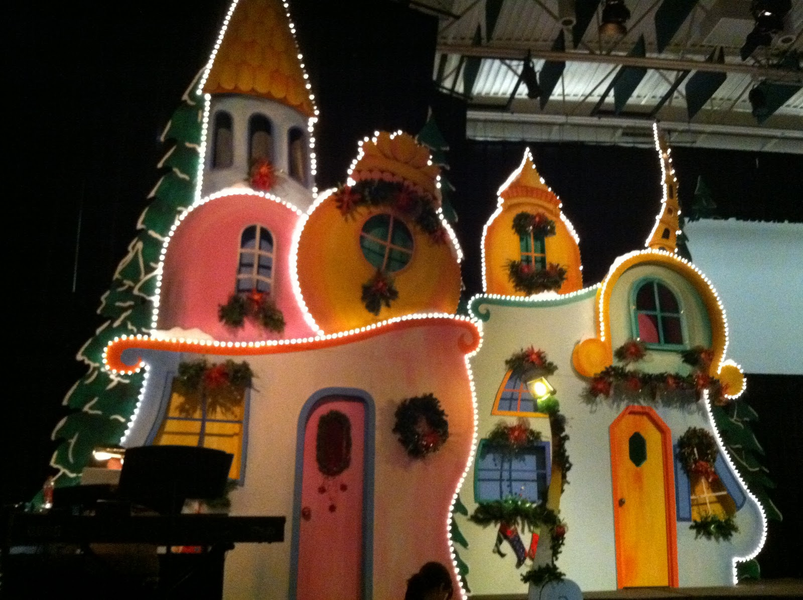 """THE SOUND OF MUSIC: A """"Whoville"""" Christmas"""