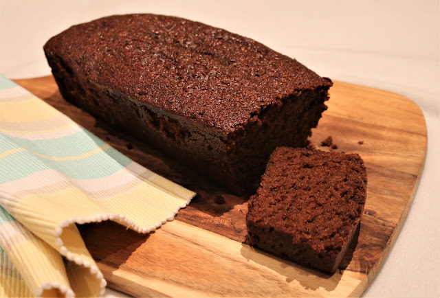 Deliciously Sticky Gingerbread