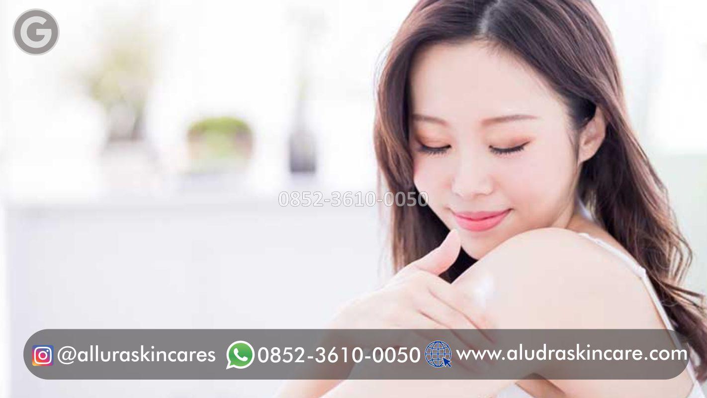 Rekomendasi Lotion Pemutih Badan Instan dan Permanen   +62 852-3610-0050