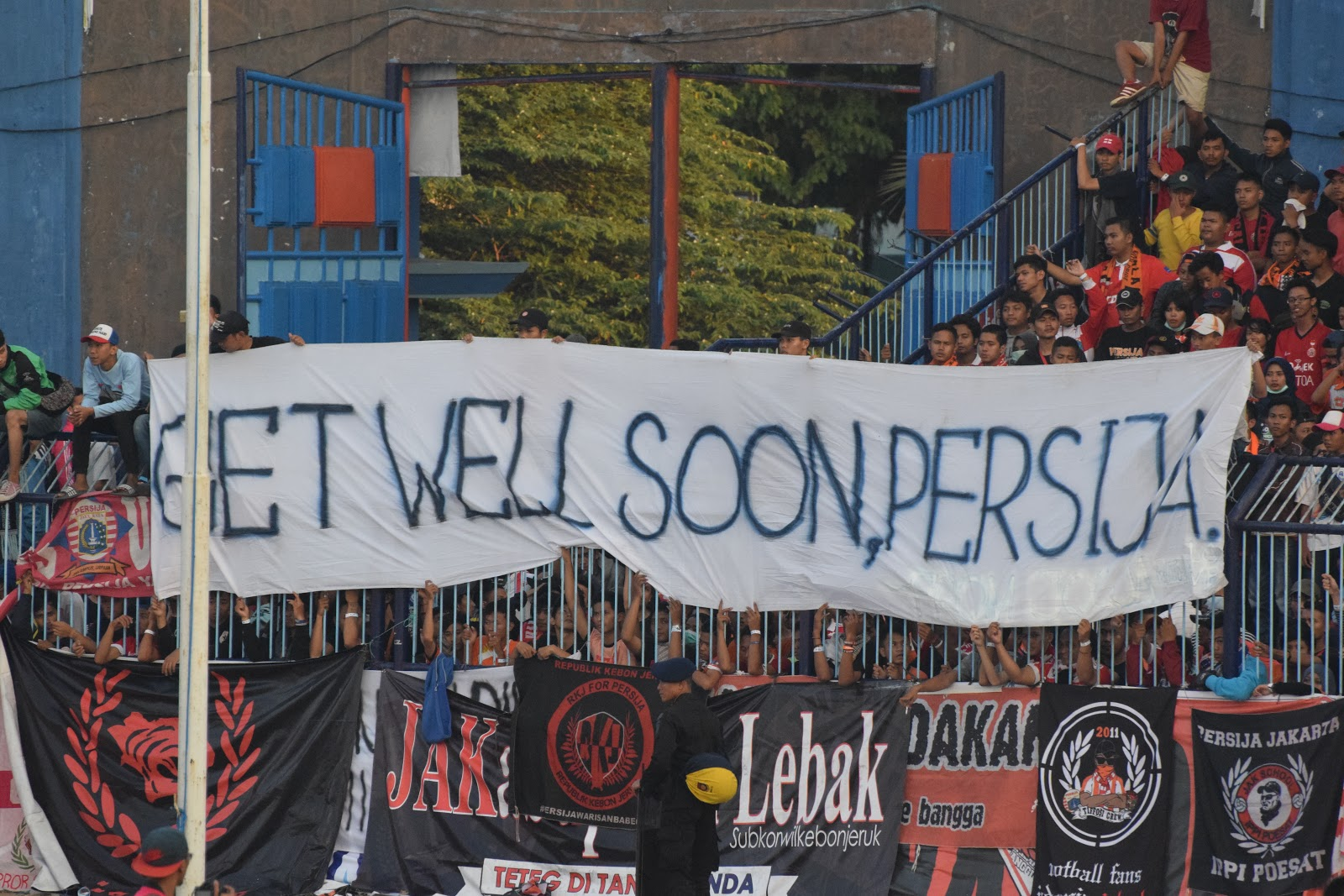 Jakarta Casual: Persija Loss Piles Pressure On Coach Teco