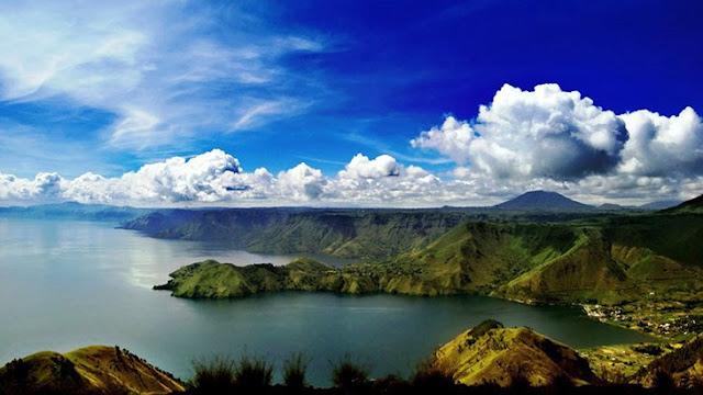 gunung-di-sumatra-utara