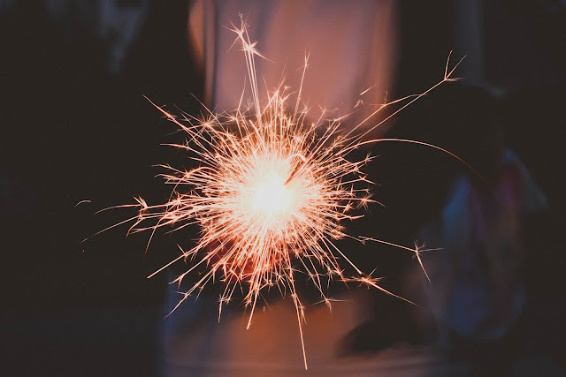 Sparkler-Photo-by-Karina-Carvalho
