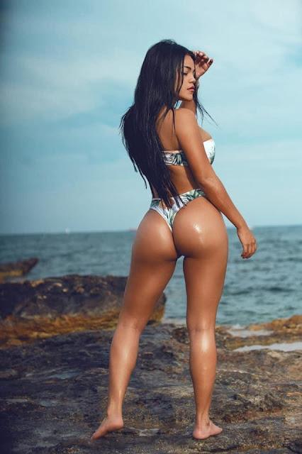 Latin girl escort in Playa d'en Bossa