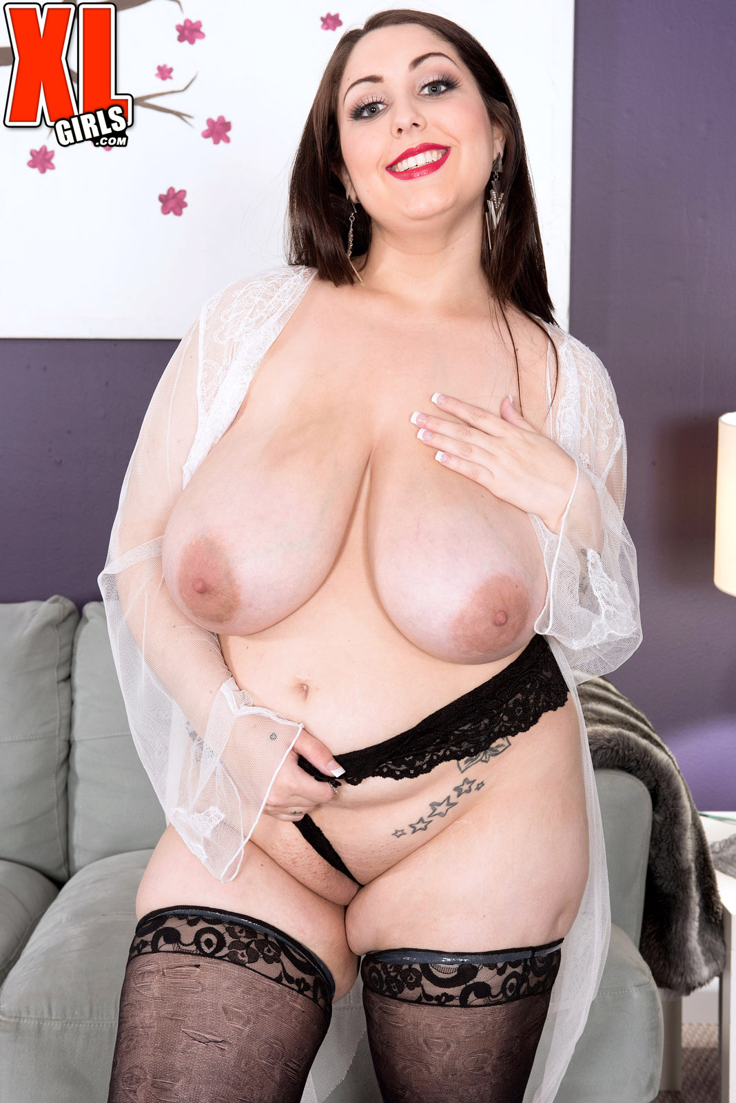Chubby beauty alexxxis allure gets fucked 9