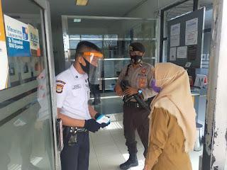Pengamanan Bank Dilaksanakan Oleh Satuan Sabhara Polres Enrekang