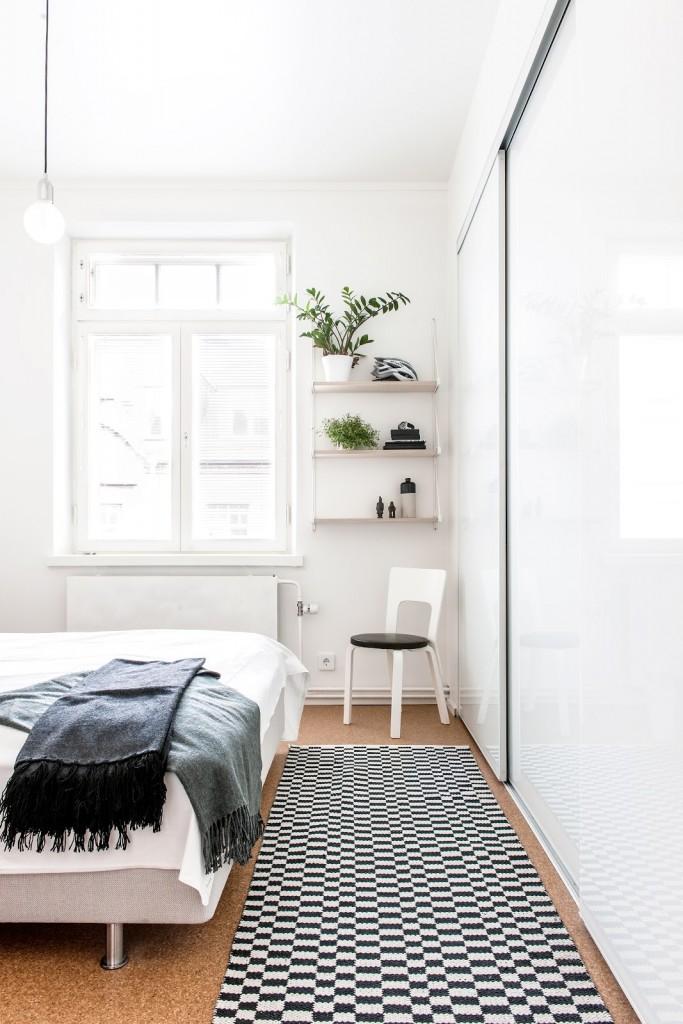 dormitorio con armario puertas correderas