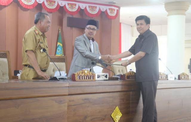 Fraksi-Fraksi DPRD OI Sampaikan Pandangan Umum Terhadap Nota Penjelasan Bupati