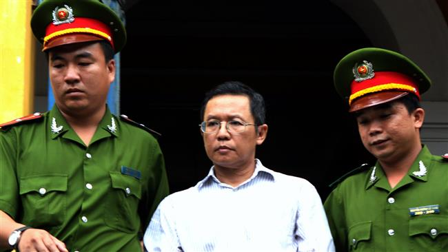 Vietnam police arrest dissident for alleged bid to overthrow government