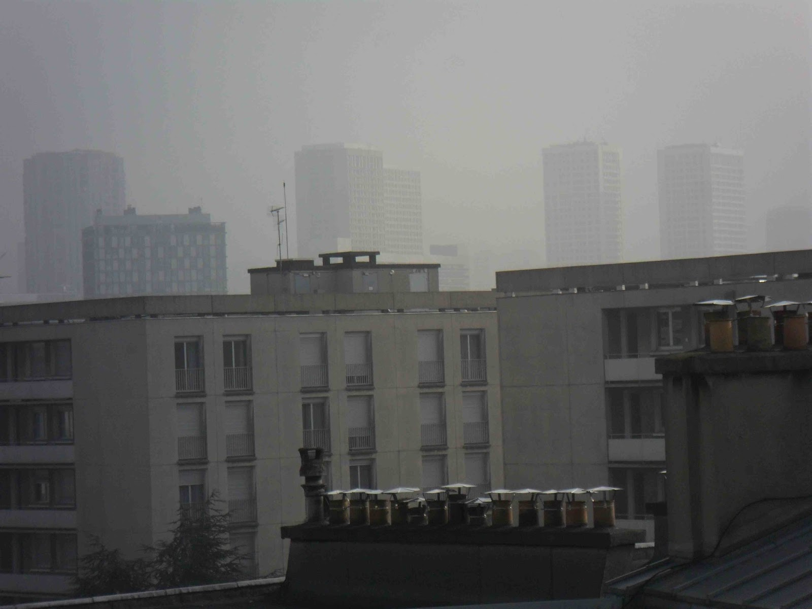 L 39 echo parisien la pollution parisienne vue de ma fen tre for Vue de ma fenetre