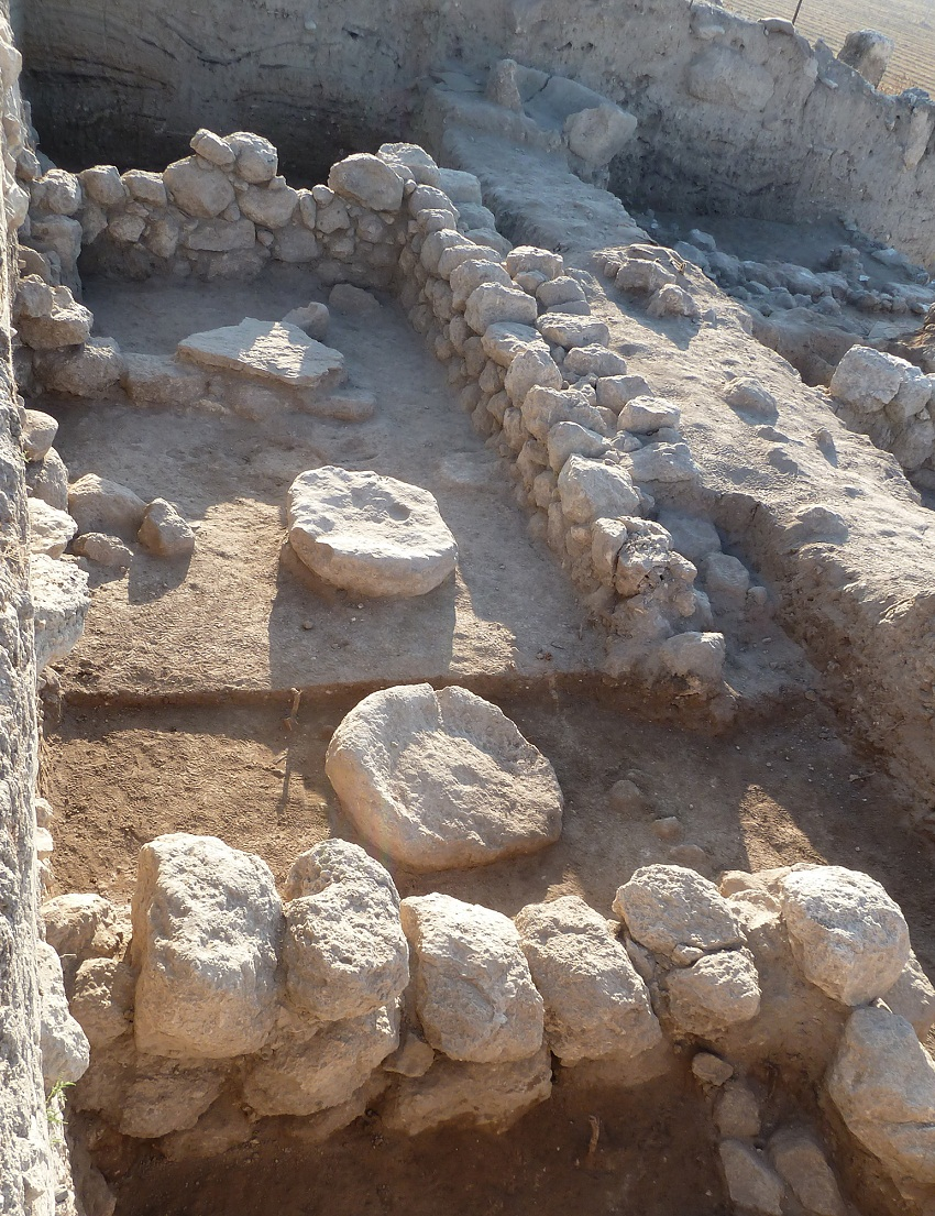 Tel Beth Shemesh: 3,000 Year Old Temple Unearthed In Israel