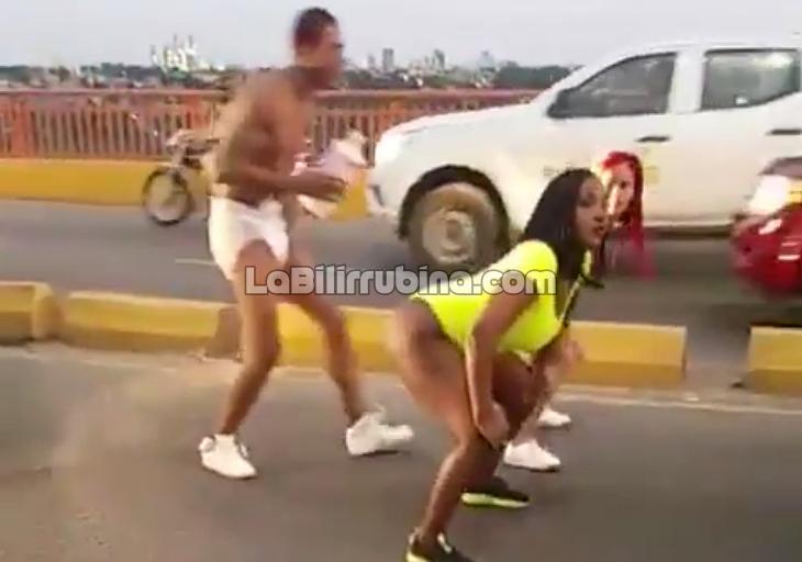 [Video] Tipas y carajo en pañales crean gran tapón en Puente de la 17