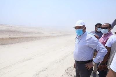 وزير النقل  يشاهد عدد من التفجيرات لإزالة الصخور المعترضة لمسار القطار الكهربائي السريع بقطاع العاصمة